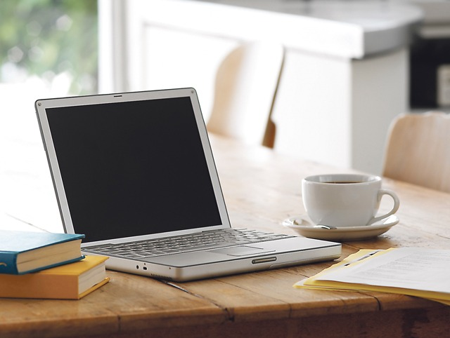 عالم العمل من المنزل والربح من الانترنت