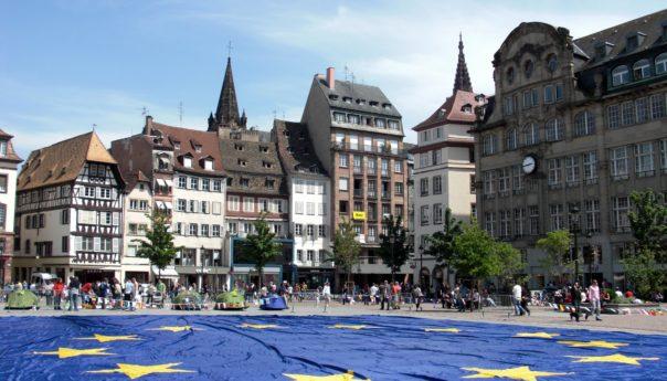 برامج تبادل الخبرات والتعرف على الطريقة الأوروبية في الإدارة